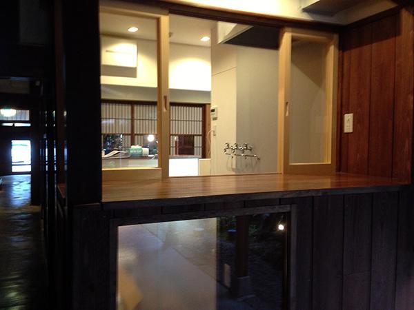 http://www.gujohachiman.com/genrin/beer_kobokobo/img/beer02.jpg