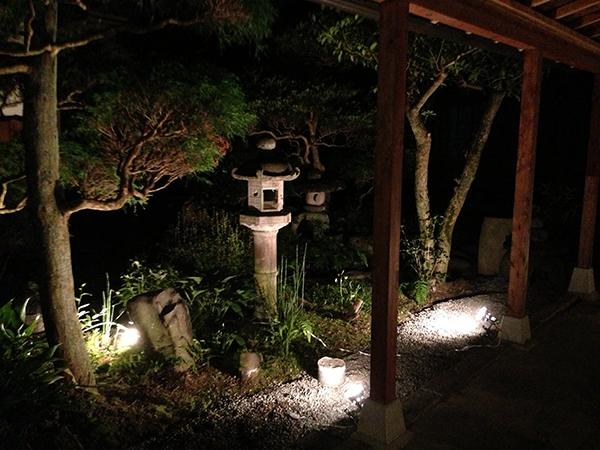 http://www.gujohachiman.com/genrin/beer_kobokobo/img/beer03.jpg